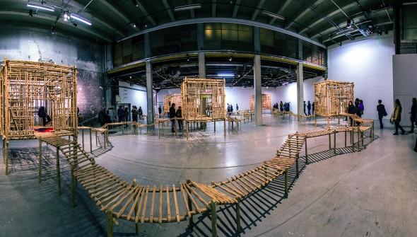 """Panorama de """"La redite en somme, ne s'amuse pas de sa répétition singulière"""" de Sara Favriau au Palais de Tokyo"""