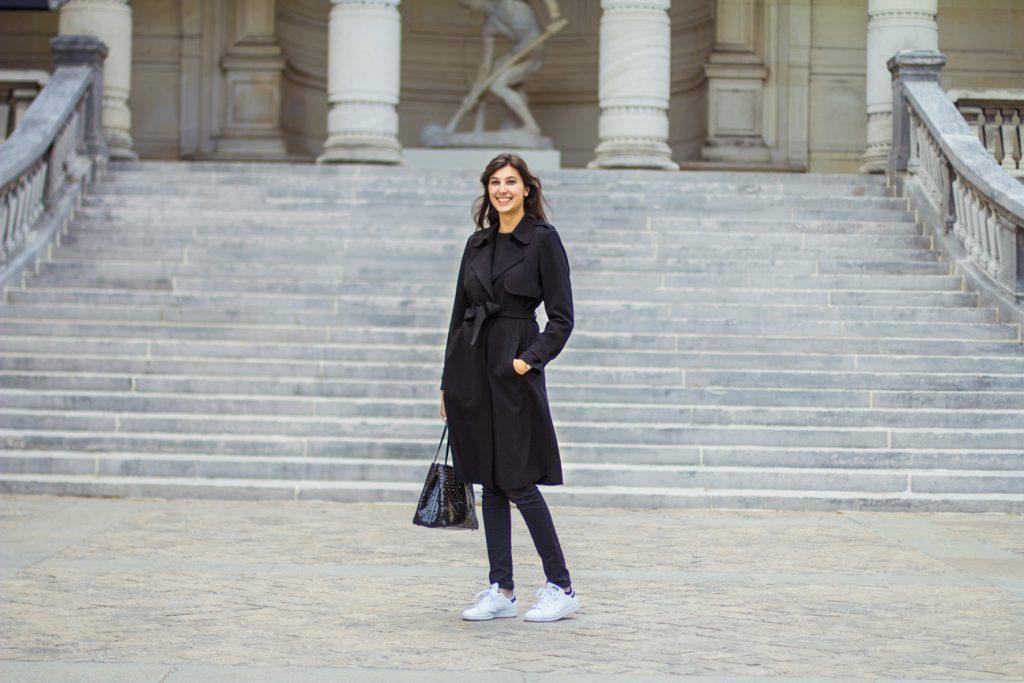 Valériane Rozé devant le Palais Galliera © Jules Viera
