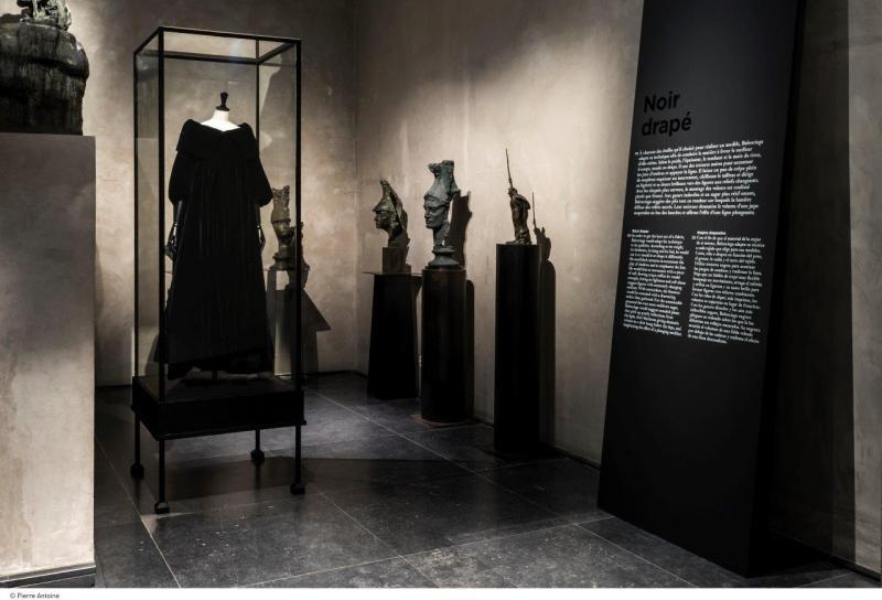 """Exposition """"Balenciaga, l'œuvre au noir"""", au musée Antoine Bourdelle, jusqu'au 16 juillet 2017"""